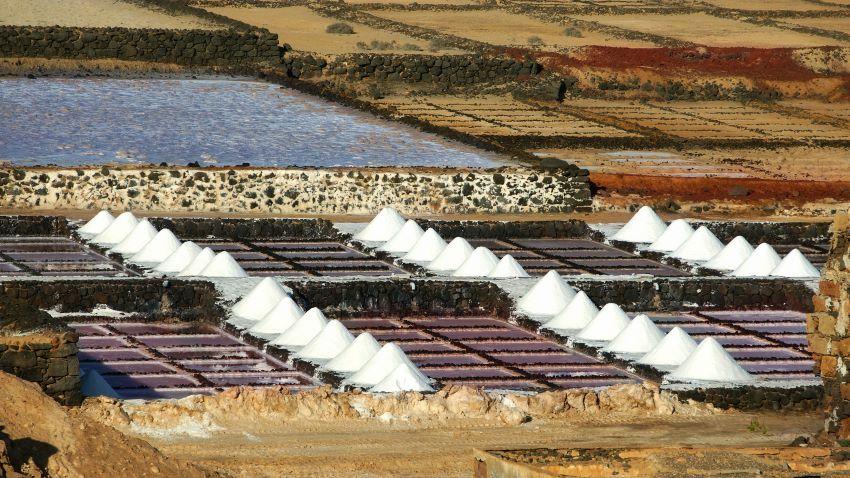 Plano de las Salinas de Janubio en Lanzarote, por Marca Canaria