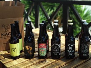 Botellas de cerveza Nao en Marca Canaria