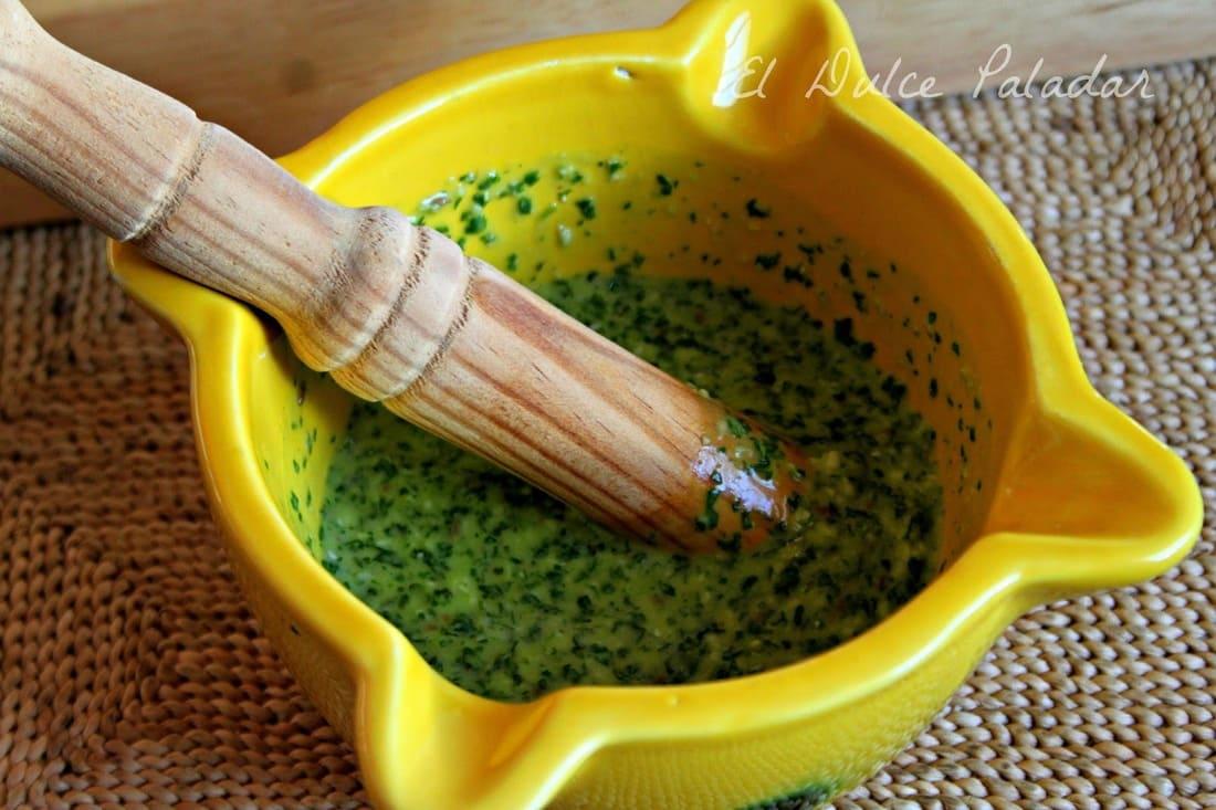 Preparando el mojo verde