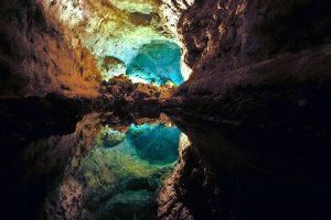 Interior de la Cueva delos Verdes en Lanzarote