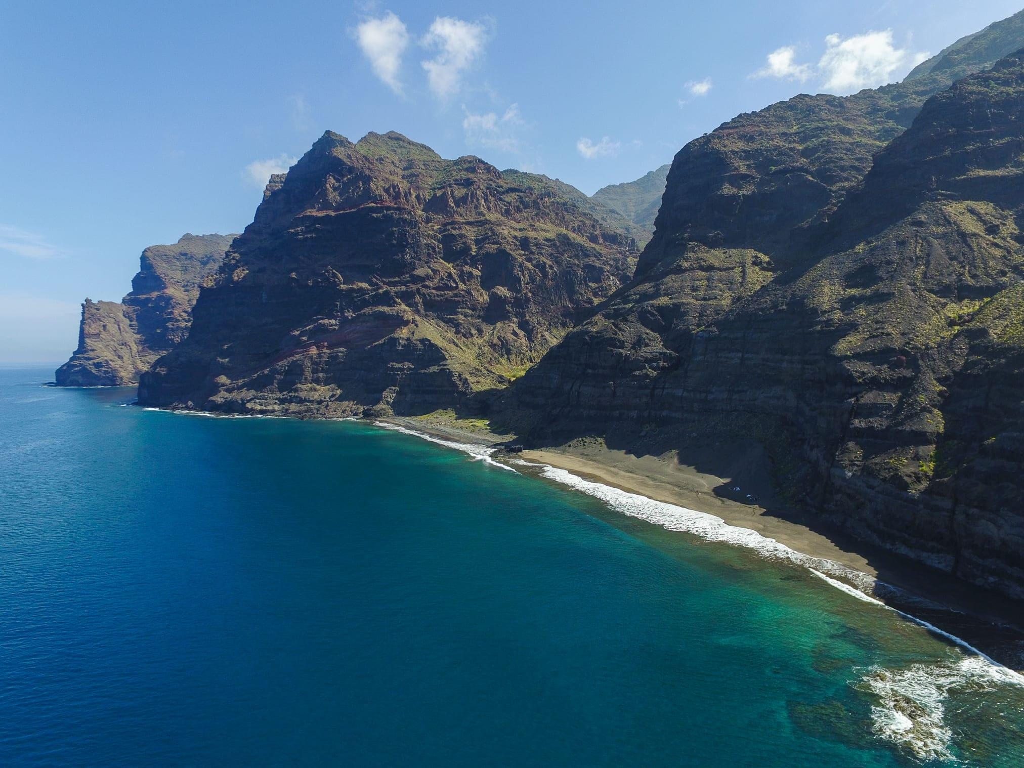 Una vista aérea de la Playa Güi Güi
