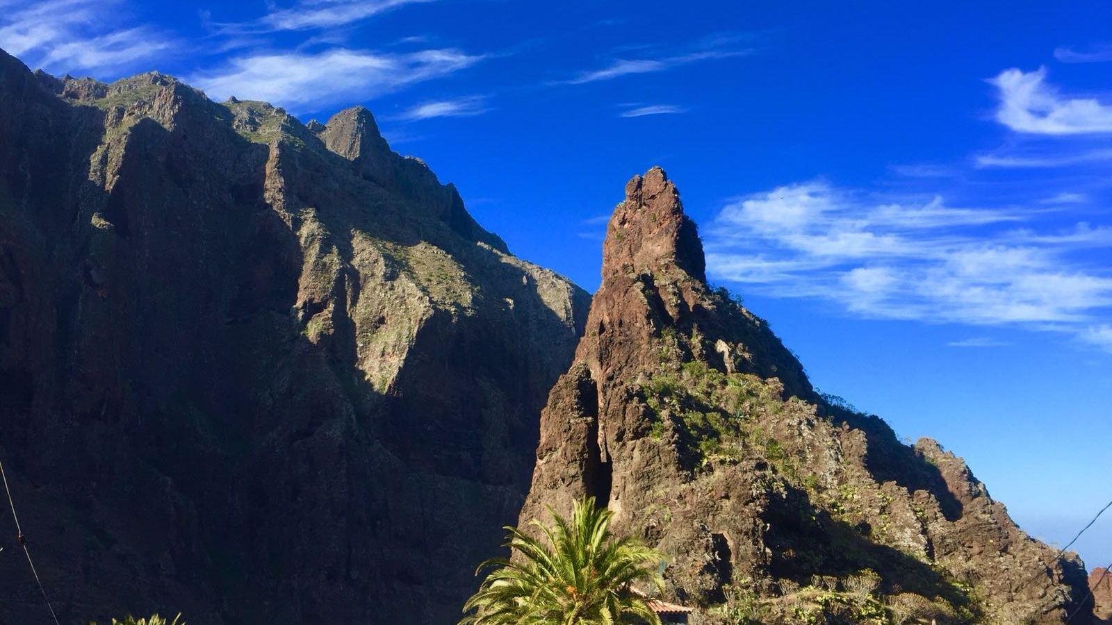 Roque Catana, en el Barranco de Masca